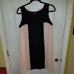 Cocktail dress blush pink and black size 6
